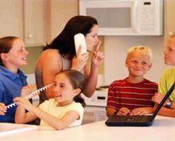 Как научить ребёнка вежливо прерывать