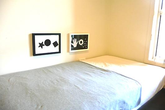 Чёрно-белые изображения на стене для младенцев